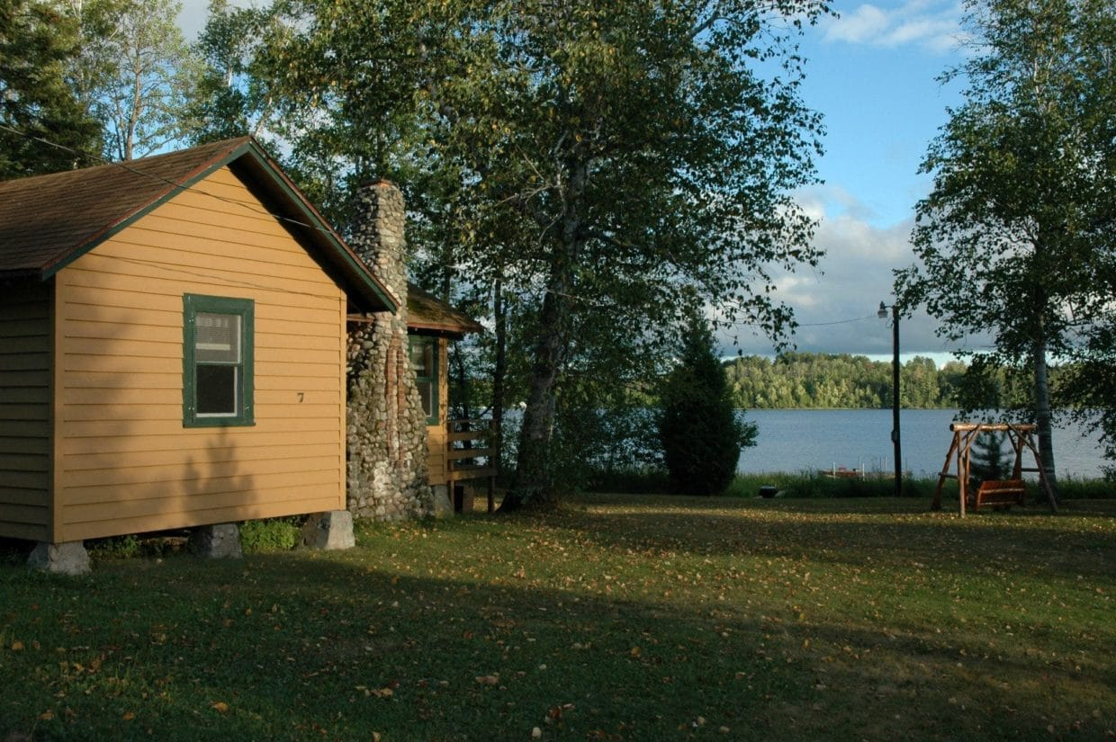 Best Lake Vermilion resort cabin