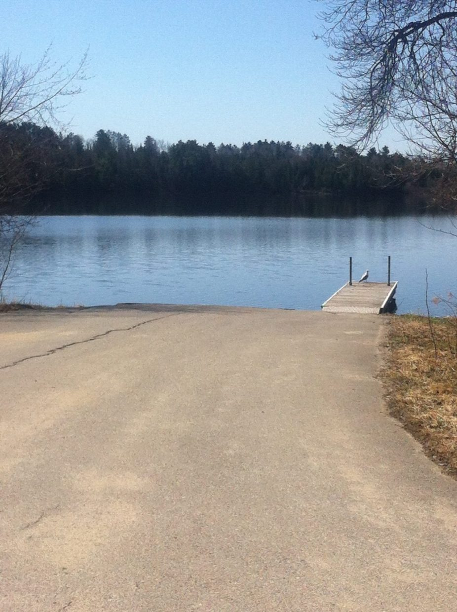 Lake Vermilion paved boat launch at Everett Bay Lodge